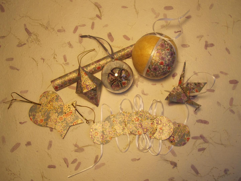 #B38918 Décorations De Sapin De Noël Mauve Chiyogami Touch 5327 decorations de noel au japon 1440x1080 px @ aertt.com
