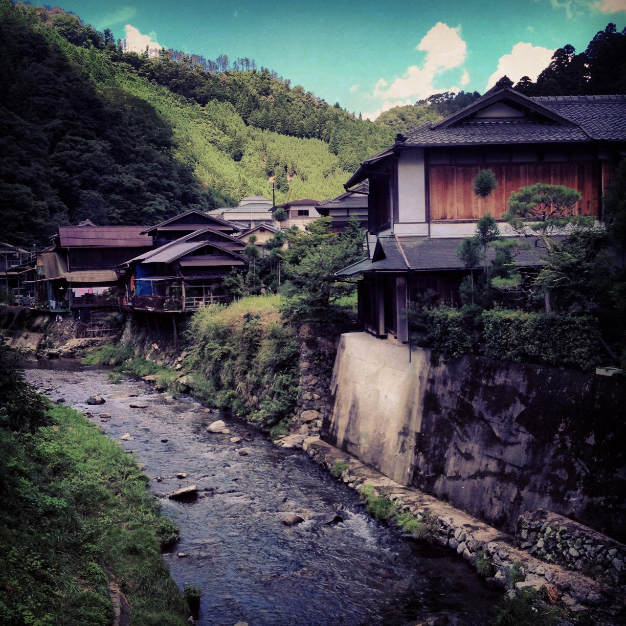 programme randonnn e dans la vall e de la kiyotakigawa nippon de emi. Black Bedroom Furniture Sets. Home Design Ideas